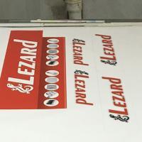 Cамоклеящиеся рекламные таблички на пленке